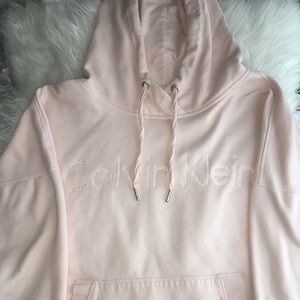 authentic calvin klein cropped hoodie !!